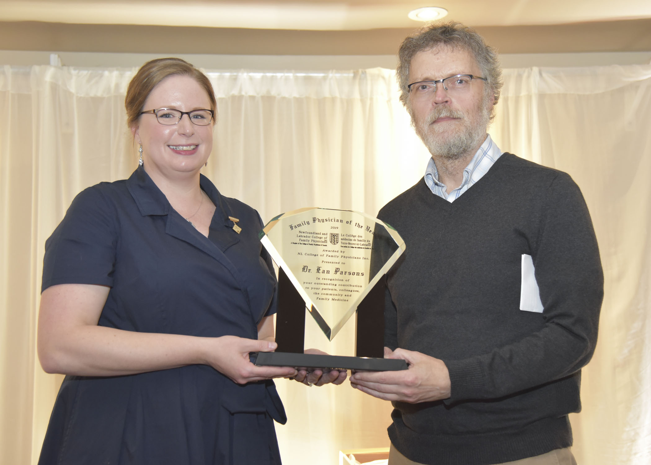 <b>2019 Family Physician of the Year – Dr. Ean Parsons </b><br /> Presented by Dr. Nicole Stockley, President, NL CFP